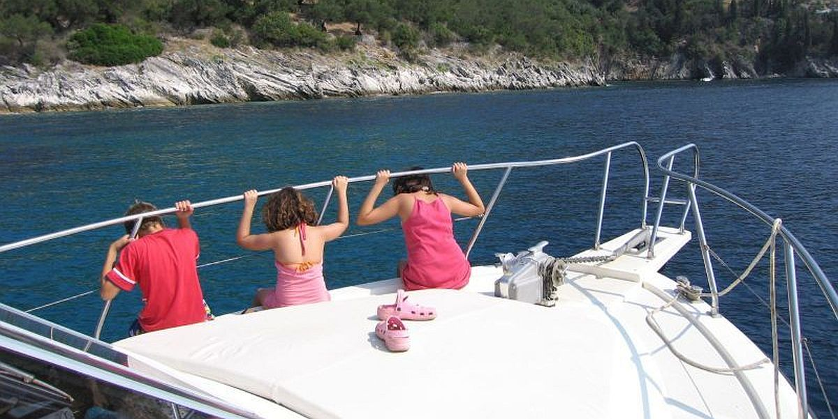 Boat Trips in North-East Corfu